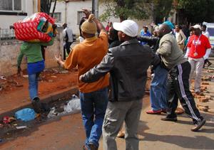 """Résultat de recherche d'images pour """"attaques xénophobes, afrique du sud"""""""