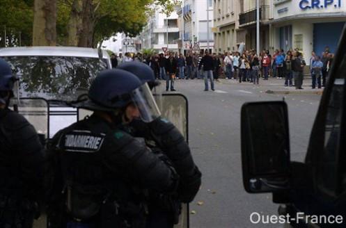 60 000 manifestants en Loire-Atlantique et des incidents à Saint-Nazaire
