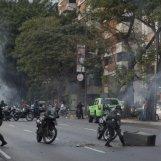 los-disturbios-podrian-aumentar-en-las-proximas-horas-en-venezuela-dicen-_595_394_158469