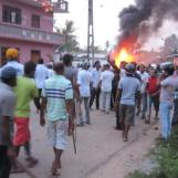 Aluthgama-Mulsims-attacked-2