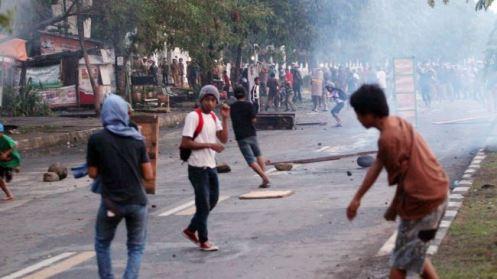 387750_Demo-Makassar-Indonesia