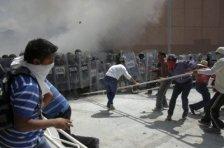 disturbios-palacio-municipal-guerrero-11_642x428-400x266