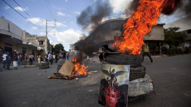 Manifestation anti gouvernementale affrontements port au prince 5 d cembre 2014 - Manifestation a port au prince aujourd hui ...