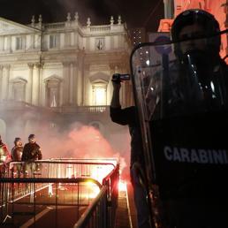 scala-carabinieri-reuters-U101753536566J--258x258@IlSole24Ore-Web