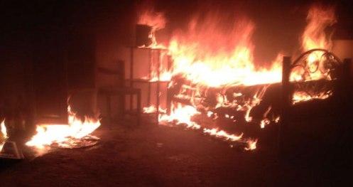 Noticias-mexico-incendio-represion-tlacolula-oaxaca